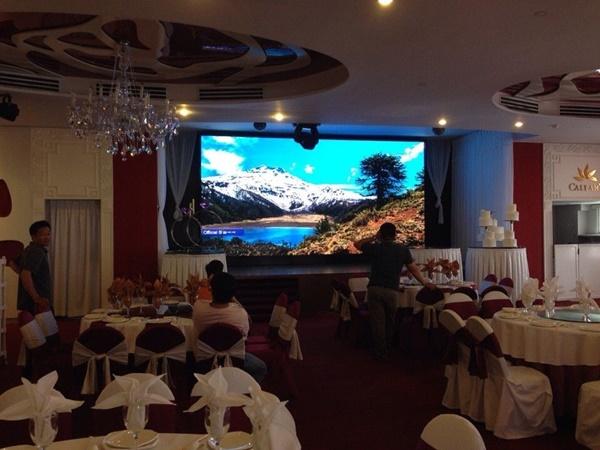 Thông số kỹ thuật của màn hình led p2 trong nhà rất phù hợp lắp đặt cho nhà hàng