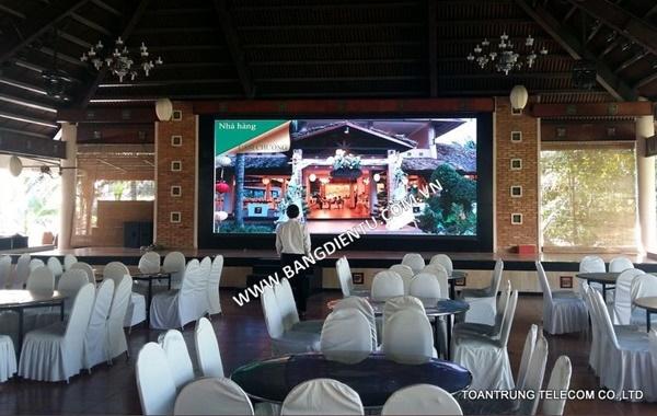Toàn Trung chuyên cung cấp và thi công màn hình led cho nhà hàng, quán ăn